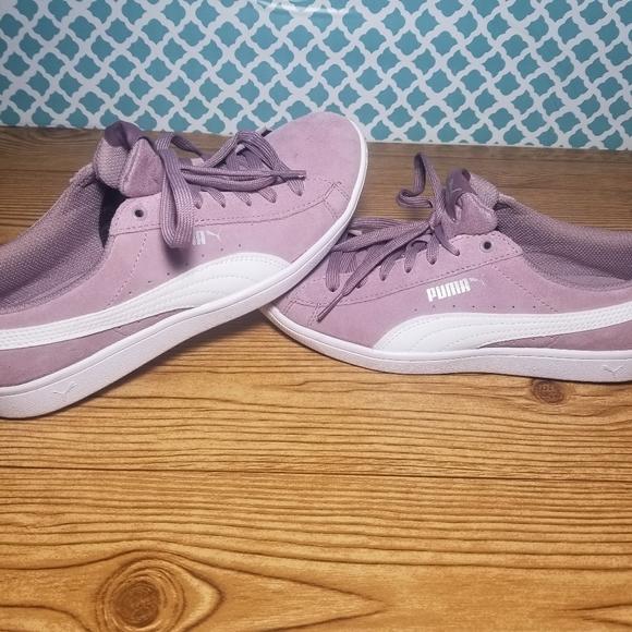 Ladies 8.5 puma soft foam shoes